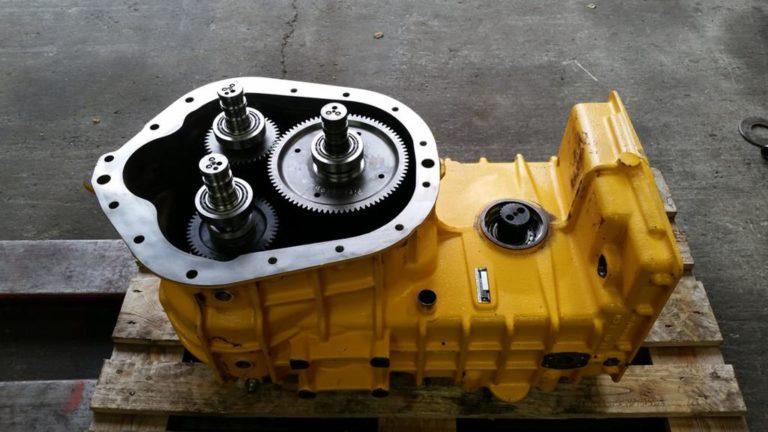Serwisowanie układów hydraulicznych zapobiega występowaniu usterek